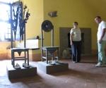 2012 Castello di Zavattarello Conte e Contessa - 1984-2012 Cartapesta, acciaio e piombo