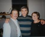 2002 L'amico Guido Lucconi tra Pino e Rita