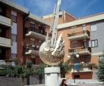 Monumento alla Pace Troia (Fg)  Perseide - 1997 Bronzo e pietra di Apricena